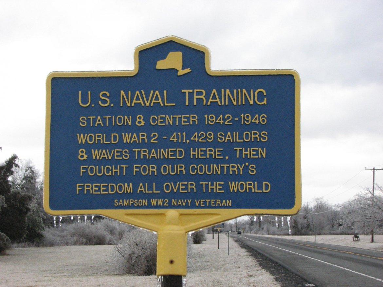 US-Naval-Training-hist-marker.jpg